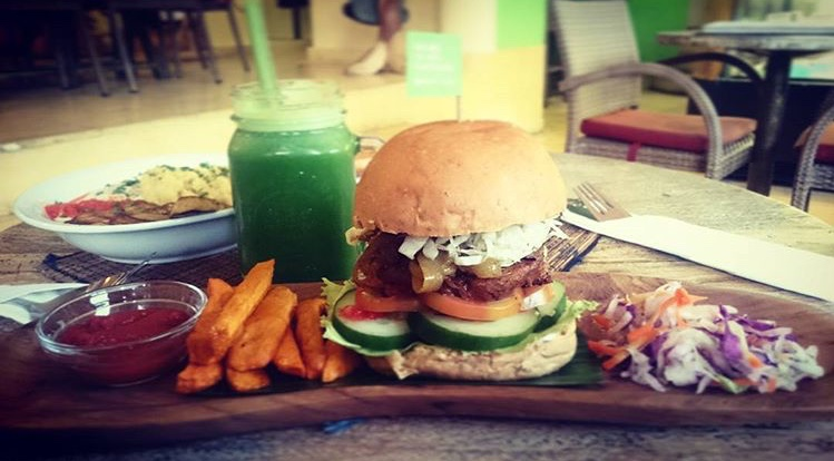 Vegane Burger im Earth Cafe